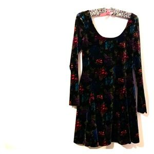 VINTAGE VELVET FLORAL BETEY JOHNSON DRESS 👗 🌺